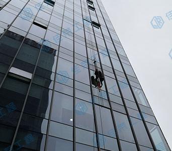 玻璃幕墙维修安装
